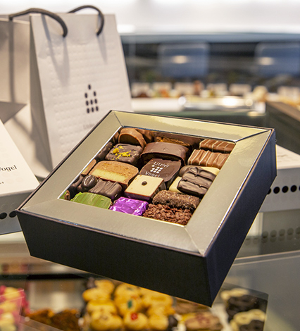 Pâtisserie Litzler - Vogel : Chocolats Petits fours Macarons