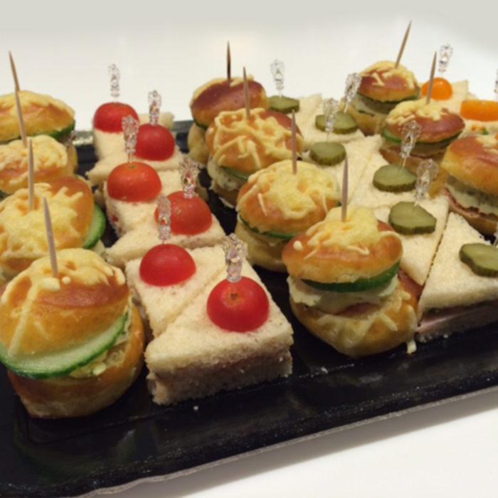 Mini burgers club sandwichs - Pâtisserie Litzler-Vogel